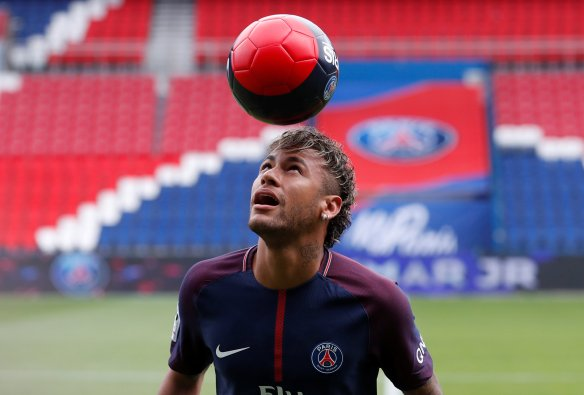 Paris Saint-Germain F.C. - Neymar Jr Press Conference